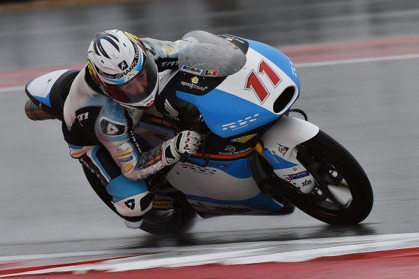 Nem-Tudom-Ki-MotoGP-001