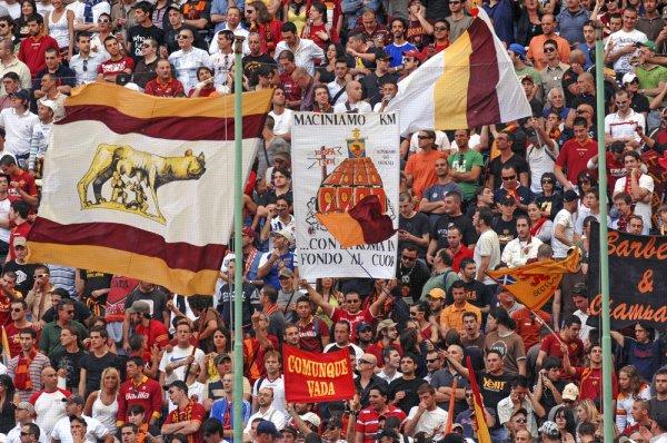 AS Roma szurkolók