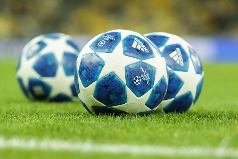 Bajnokok Ligája hivatalos labdája (Fotó: photo-oxser / Shutterstock.com)