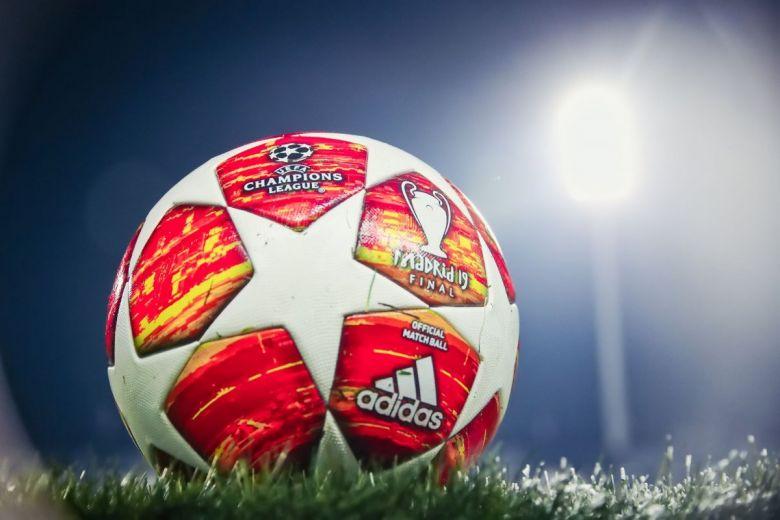 Bajnokok Ligája hivatalos labdája (Fotó: Ververidis Vasilis / Shutterstock.com)