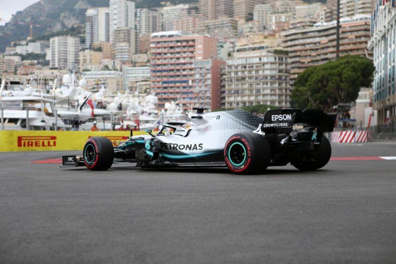 Lewis Hamilton (Fotó: Marco Canoniero / Shutterstock.com)
