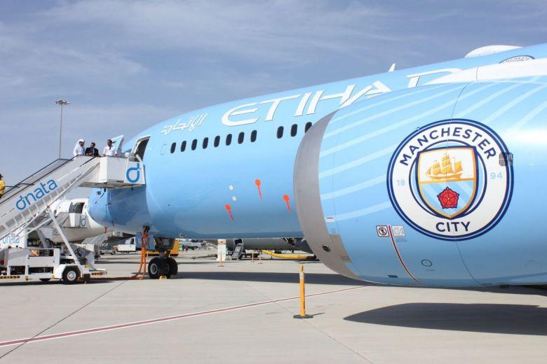 Manchester City repülőgépe (Fotó: Arnold O. A. Pinto / Shutterstock.com)
